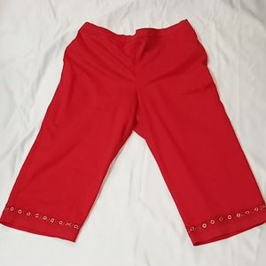 Alfred Dunner Red Capri size 14 pants